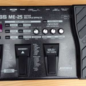 For sale: Boss ME 25 GUITAR EFFECTS PEDAL